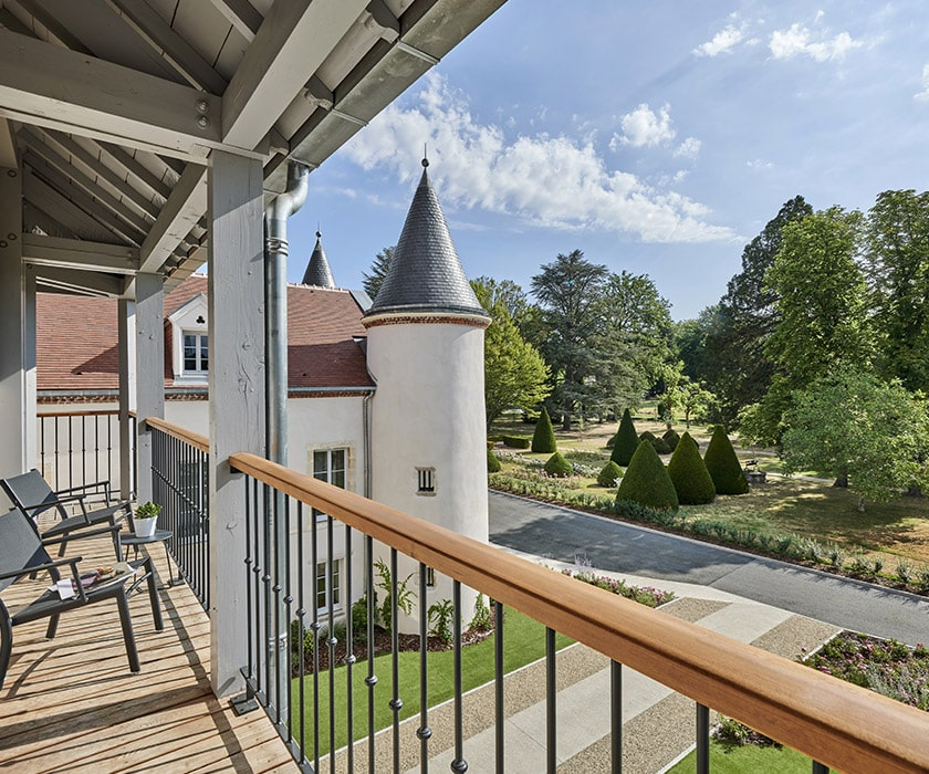Chateau Saint Jean Luxury Hotel And Spa In Montlucon Official
